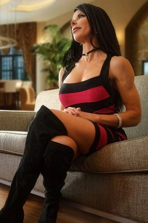 Soumeya live escort in Alamosa Colorado