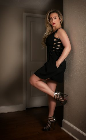 Ryhem independent escort in Hopewell