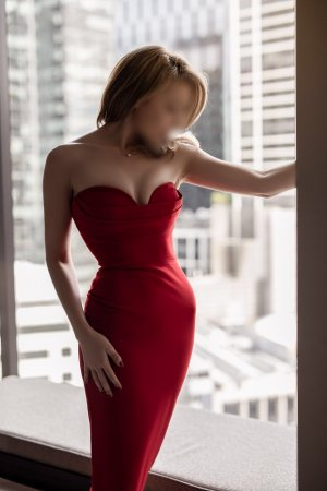 Nefertiti incall escort